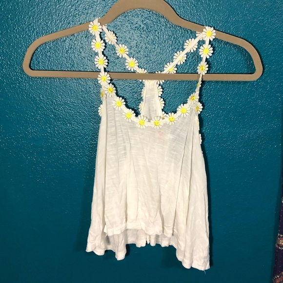 36 Point 5 Tops - White Crop Top